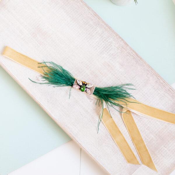 Cinturon plumas fiesta beige verde